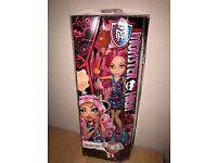 Monster High Doll Howleen Wolf Ghouls Fair BNIB