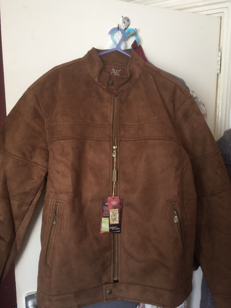 4 Brand New Andrea Ermanni Leather Jacketsin Chatham, KentGumtree - This lot contains 4 leather jackets by Andrea Ermanni. All the jackets still have their tags attached.Two of the jackets are XL and the other two are medium. One of the mediums is a womens jackets. £20 the lot or will accept offers. Buyer can...
