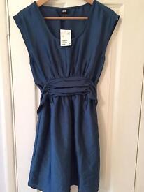 H&M size 8 teal dress. Never worn
