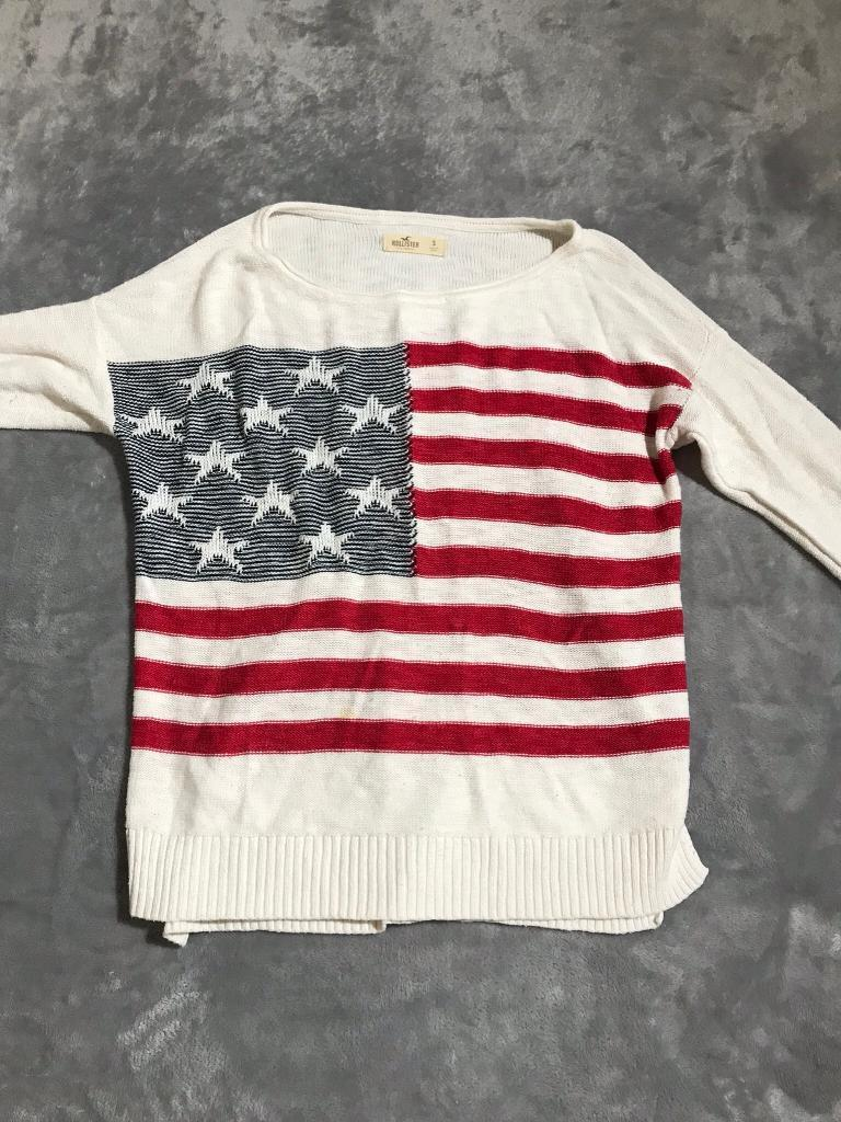 Hollister sweater sizeS