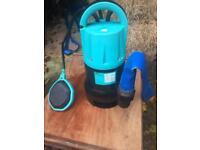 B&Q 400w Heavy Duty Submersible Dirty Water Pump