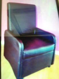 2 Manual Recliner chairs