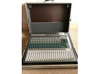 Soundcraft Signature 22MTK Mixing Desk and THON Flight Case