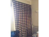 Full-length lined and interlined curtain