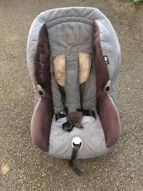 Maxi cost carseat