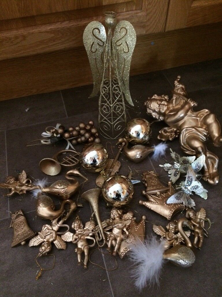 Gold and silver Christmas tree decorations