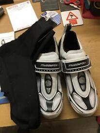Road bike shoes and over boots