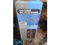 32 element digital TV ariel for strong or moderate signal areas