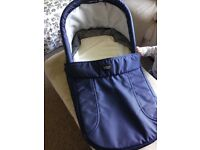 Britax Carrycot, immaculate, collapsible