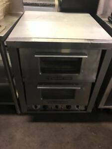 Electric Bakers pride counter top stove pizza oven