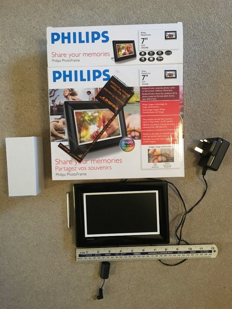 Philips 7 Digital Photo Frame Boxed And Vgv Hardly Used In