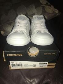 All grey kids converse size 4 great condition small mark on one side, not really noticable.