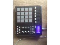 Akai MPD26 Drum Pads Midi Controller MPC Style