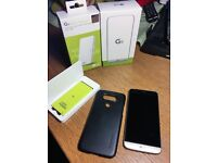 LG G5 32gb Unlocked with Accessories