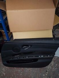 BMW 3 SERIES E90 E91 GENUINE DOOR CARD OSF DRIVER RIGHT SIDE FRONT LEATHER SE/MSPORT (Minor peeling)
