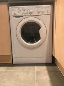 Indesit lWDC6125 1200 SPIN 6KG+5Kg Washer Dryer 5 months old hardly used