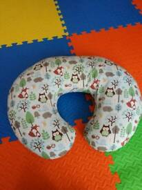 Chicco baby 'U' support cushion