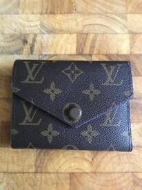 Louis Vuitton victorine purse