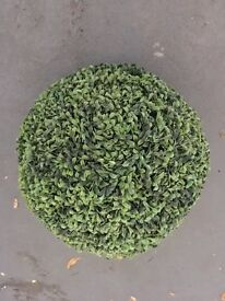 artificial topiary ball. Green all year round, no pruning or maintenance.Set of 2 .