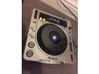 Pioneer DJM-800 (Good Condition)