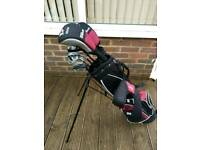 Wilson Deep Red Golf Clubs - Junior suit age 10 - 13