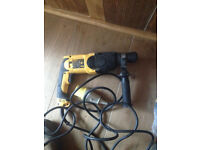 DeWalt Power Drill 650w