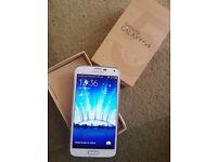 2 x Samsung S5 16gb