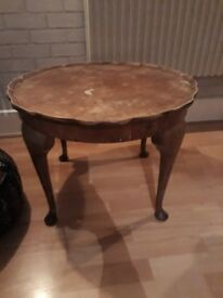 Quirky vintage table-could be a nice little project
