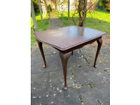 VINTAGE ADJUSTABLE DINING TABLE READY FOR RENOVATION