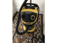 Karcher MV6P - like new + 2 new filters and 2 new bags !!!