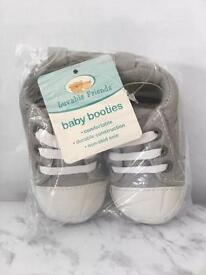 Brand new baby girl / boy items in packaging
