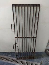 2 Large Iron Metal Grates - Perfect for BBQ or firepit.