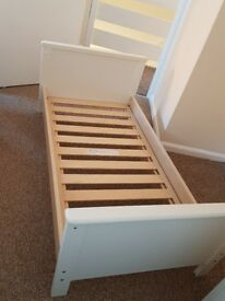 Mammas & Papas toddler bed