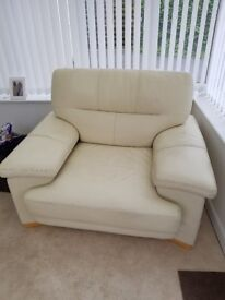 Anna Ryder Richardson designer 3 seater sofa and chair in cream very good condition