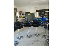 BAR STOOL/KITCHEN/ SIX IN TOTAL