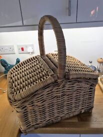 Large wicker picnic basket with handle