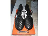 New Nike Football Boots Size 8 (42.5)