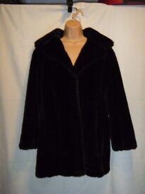 Dark Brown Faux Fur Jacket : Size 14/16
