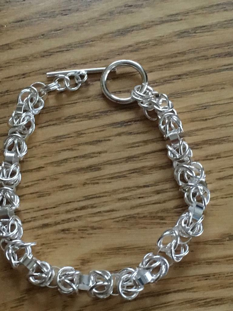 Ladies chunky bracelet with a t bar clasp Hallmarked 925 new