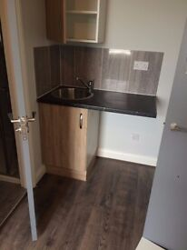 Dss Welcome, Bedsit to Let in London N18, No deposit required