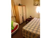 Single Room in 3-bed House