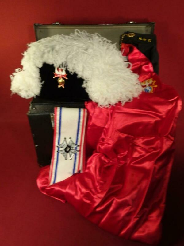 Knights Of Columbus K of C Ostrich Chapeau Hat Cape Sash and Case