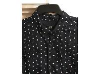 H &M navy blue & white spot short sleeved mans shirt