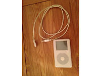 IPod Click Wheel white 20GB and USB cable - NOT WORKING - USE FOR PARTS ONLY - Didsbury area