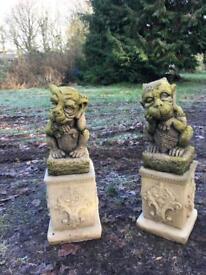 Pair Gargoyle on the plinth, Garden Ornament