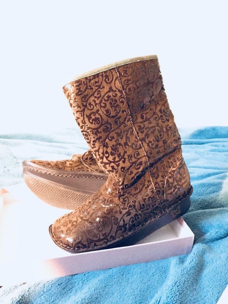 Women's Elegant Winter Boots