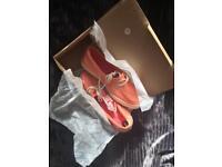 Vans rata lo light orange shoes