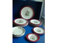 WEDGWOOD RUBY MAYFIELD 19PC DINNER WARE