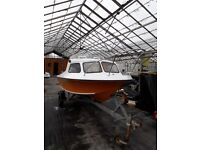 15 foot fishing boat gull wing hull very fast fully galvanised trailer 25 hp outboard £1650 ovno.