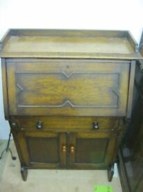 VINTAGE ORNATE OAK SMALL BUREAU - WRITING DESK. VIEWING/DELIVERY AVAILABLE
